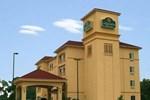 Отель La Quinta Inn & Suites Corsicana