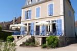 Отель Hôtel du Cheval Blanc