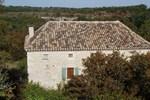 Апартаменты Holiday Home Les Fontanelles Bagat En Quercy