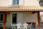 Апартаменты Holiday Home Moutiers La Bernerie en Retz