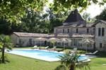 Мини-отель Chateau De Puyrigaud