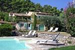 Апартаменты Holiday Home Les Pasterelles Cadenet