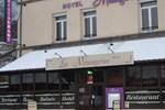 Отель Hôtel Les Messageries et Le Bredons