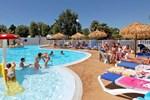 Отель Camping Domaine Villa Campista