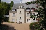 Отель Logis Manoir De La Giraudière