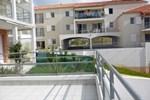 Апартаменты Apartment Jardin De Pontaillac I Vaux sur Mer