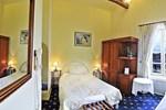 Отель Logis Le Grand Monarque