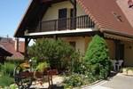 Апартаменты Holiday Home Au Cheval Blanc Ruederbach