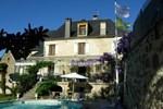 Отель Hotel Le St-Robert