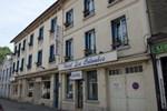 Отель Hôtel Les Colombes