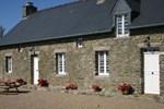 Апартаменты Holiday Home St Remy Saint Remy Des Landes