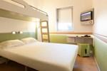 Отель Hotel ibis Budget Vila Nova de Gaia