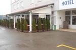 Отель Hotel Klek