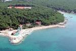 Отель Milto Mobile Homes Camp Soline