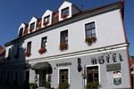 Отель Hotel Gabreta