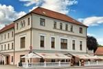 Отель Zámecký Hotel