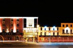 Отель Dooley's Hotel