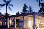 Отель Pacifica Suites