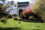 Отель Hotels Aux Roches Fleuries