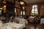 Отель Hotel Le Castel du Val d'Or