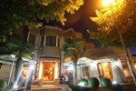 Отель Diplomat HY Hotel