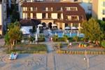 Отель Hotel Oaz