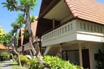 Отель Besakih Beach Hotel