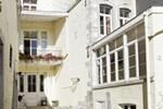 Апартаменты Aux Herbes Folles