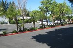 Отель Holiday Inn Express VAN NUYS