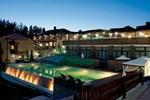 Отель Aurora Resort & Spa