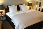 Отель Munkebo Kro & Hotel