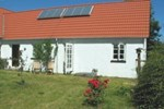 Отель Nabben 34 Holiday House