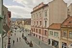 Centrum House