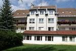 Отель Hotel Petra