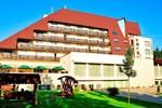 Отель Hotel Clermont