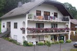 Апартаменты Holiday Home Im Elzbachtal Lirstal