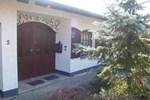 Отель Holiday Home Tanne Feusdorf