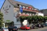 Отель Moselromantik-Hotel zum Löwen