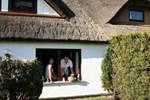 Апартаменты Ferienhaus & Ferienwohnung Insel Hiddensee Strand Neuendorf