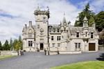 Отель Kinnettles Castle