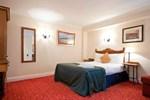 Отель Innkeeper's Lodge Huddersfield, Kirkburton
