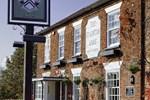 Отель Staunton Arms