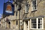 Отель The Bell Inn Stilton