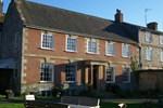 Отель Rollestone Manor