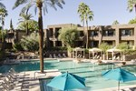 Отель DoubleTree by Hilton Paradise Valley Resort Scottsdale