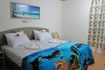 Отель Guraidhoo Corner Tourist House
