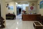 Отель Hotel Lux Melati