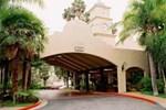 Отель Radisson Suites Hotel Covina