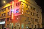 Отель Hotel Seri Nilai