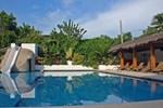 Отель Marcosas Cottages Resort